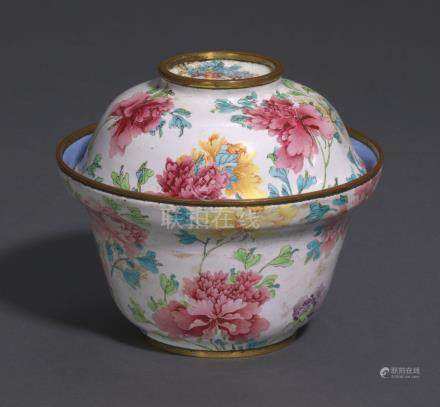A RARE AND FINELY-DECORATED PAINTED ENAMEL 'PEONY'-FORM BOWL AND COVER