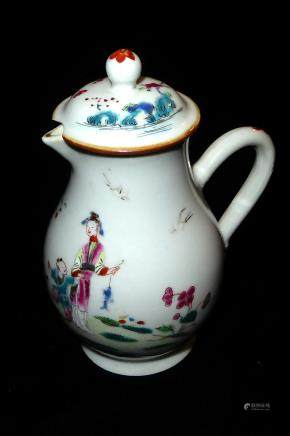 AN 18TH CENTURY CHINESE FAMILLE ROSE PORCELAIN MILK JUG AND COVER Hand painted with figures