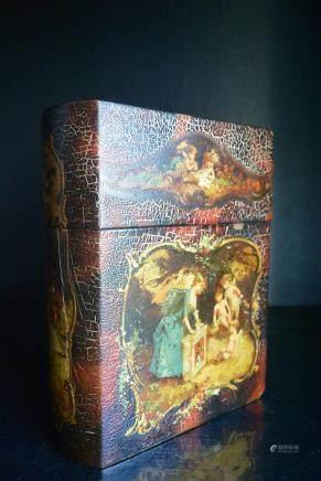 一件百年前欧--美精美的漆器书籍套盒:The European-American beautiful lacquer book bookcase