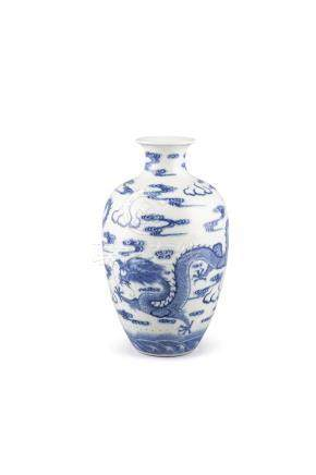 A BLUE AND WHITE OVOID DRAGON VASE, bearing Qianlong seal mark, painted with two dragons in mutual