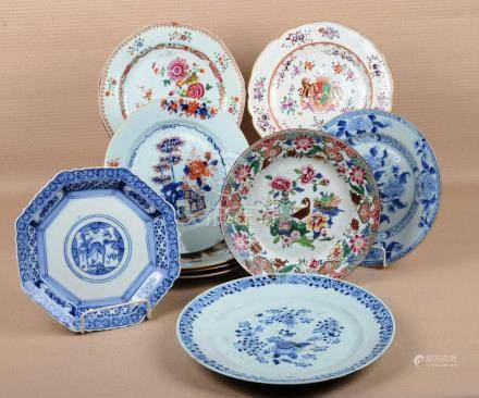 Assiettes en porcelaine de Chine (12)
