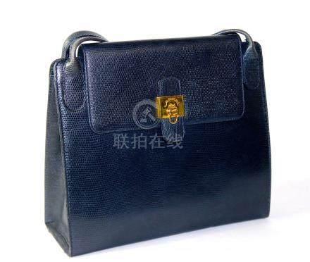 Lancel sac à main en cuir bleu marine 24x27 cm.Maroquinerie.