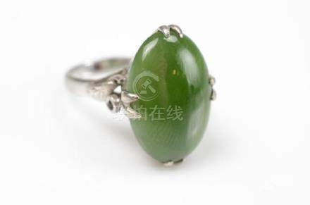 WHITE GOLD & JADEITE RING