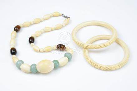 LOT OF IVORY JEWELLERY