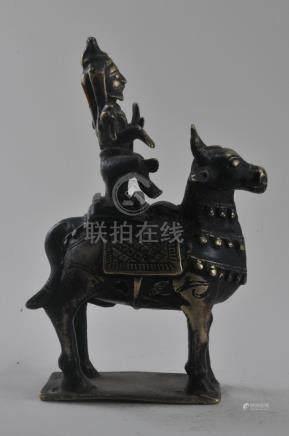 Bronze image. India. 19th century. Shiva on his bull