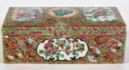 Chinese Export Porcelain Box