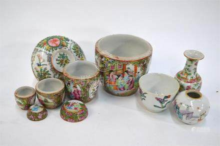 Seven pieces of Chinese famille rose porcelain, comprising: a small oviform vase, 5 cm high; a