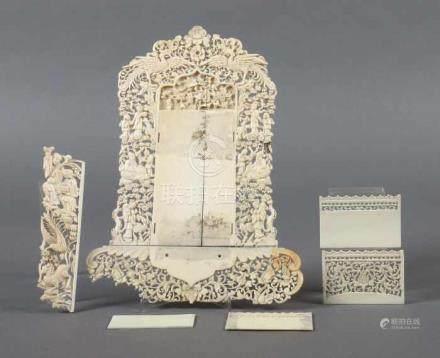 KartenhalterChina, 1920/30er Jahre, Elfenbein, fein beschnitzte Elfenbeinplatten mit