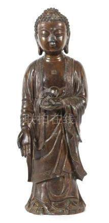Stehender Buddha ShakyamuniChina, wohl spätes 19. Jh., Bronze, hohl gearbeitet, Buddha st