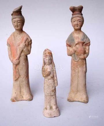 3 Fat Ladys - Chinesische GrabbeigabenHofdamen aus rötlichem Terra Sigilata - Grabbeigaben der