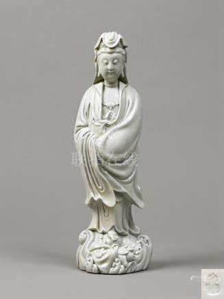 17世纪  德化渡海观音立像 A RARE DEHUA FIGURE OF GUANYIN MING DYNASTY, 16TH-EARLY 17TH CENTURY, HE CHAOZONG IMPRESSED SEAL MARK