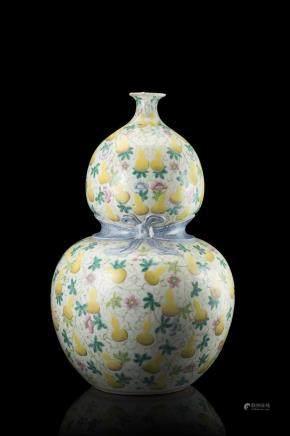 中國 十九世紀 乾隆仿款 粉彩葫蘆紋葫蘆瓶