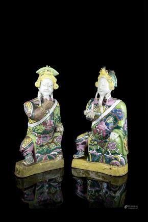 清 康熙 彩繪陶瓷將士坐像 一對