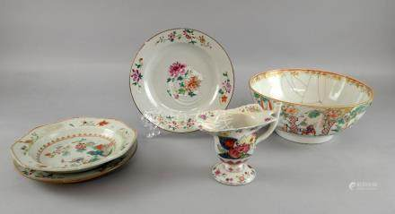 Pair of Chinese famille rose plates decorated with flowers and foliage, 22.5cm diameter, famille