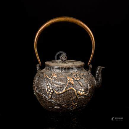 Japanese Antique Iron Tea Pot With Kui Wentang Mark