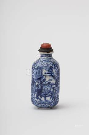 Faceted baluster-shaped snuff bottle - China, Qing dynasty, Yongzheng White porcelain, with