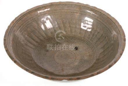 Thai 14/15th C. Celadon Bowl