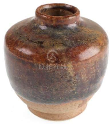 Thai Sawankhalok Jarlet w/ Opalescent Glaze
