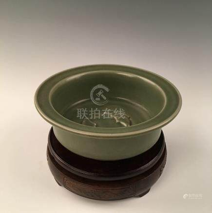Chinese Longquan Celadon Flatted Rim Double-Fish Washer