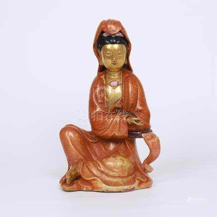 CHINESE PORCELAIN RED GLAZE SEATED GUANYIN