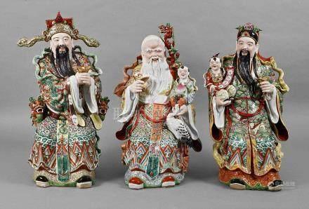 Große Porzellanfiguren SanxingChina, Mitte 20. Jh., ungedeutete geprägte Vierzeichen-Marke in Raute,