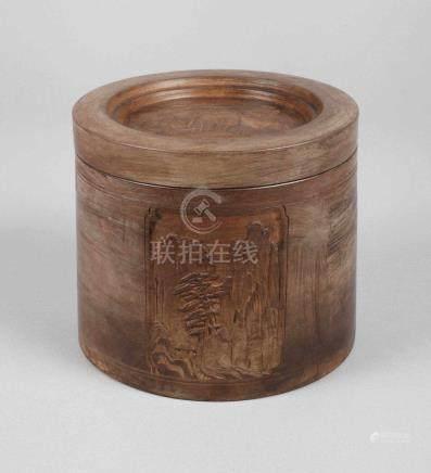 Deckeldose China20. Jh., Kunstguss, zweifach gemarkt, zylindrischer Korpus mit aufgelegtem