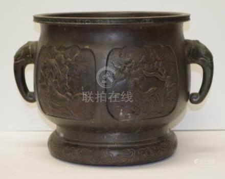 Antique Japanese bronze jardiniere