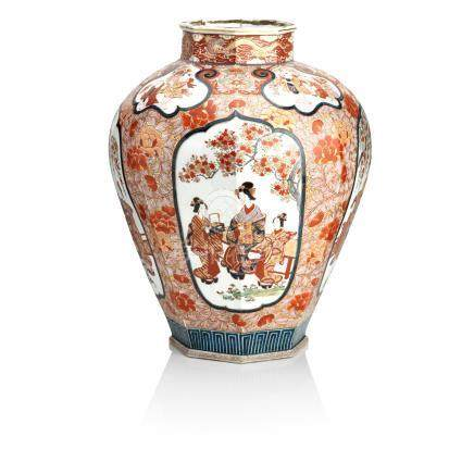 A large Imari temple jar Meiji era, 19th century
