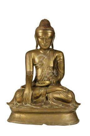 LARGE BRONZE SEATED MADALAY BUDDHA, EARLY 20TH CENTURY