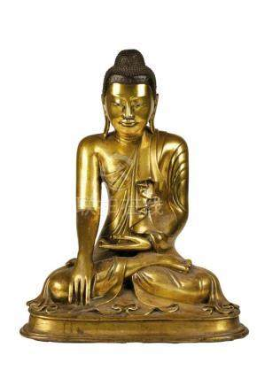 LARGE GILT BRONZE MANDALAY BUDDHA, BURMESE, EARLY 20TH CENTURY