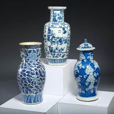(3) Large Chinese blue and white vases