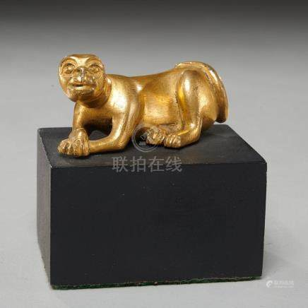 Finely cast ancient Chinese gilt bronze tiger