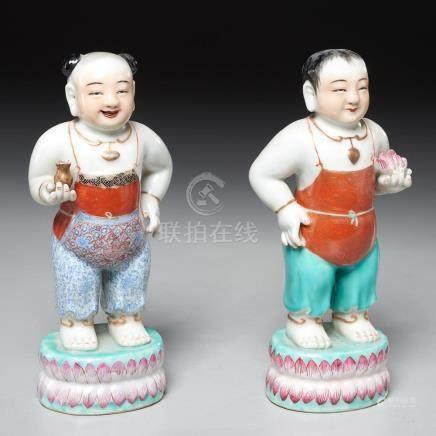 Pair Chinese Hoho boy figures