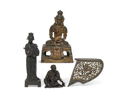 A GROUP OF FOUR CHINESE BRONZES 17TH-18TH CENTURY