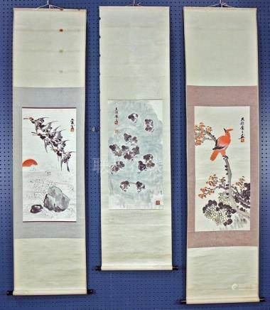 Chinese Scrolls, Attributed to Yang Xiangyun, Birds-and-Flow