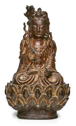 Guangyin auf Lotusthron, China wohl 17. Jh.Bronze mit Reste alter Vergoldung. Sitzende Göttin auf