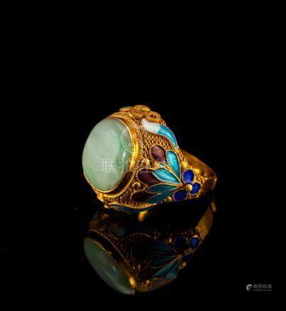 Gilt Silver Chain Cloisonne Green Jade Ring 1900s