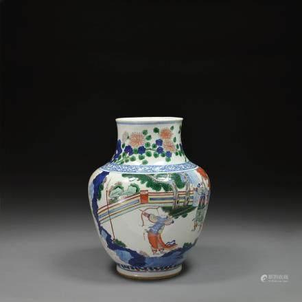A Wucai Oviform Vase