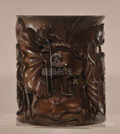 Carved bamboo brush pot. China. 18th/19th century.
