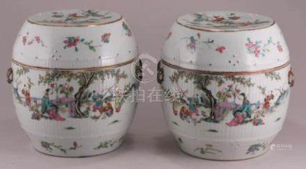 Pair of late Quing Dynasty Chinese porcelain barrel