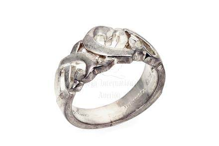 SILVER 'HEART' RING BAND