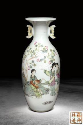清末  羅仲林製仕女紋雙耳花瓶 (羅仲林造)