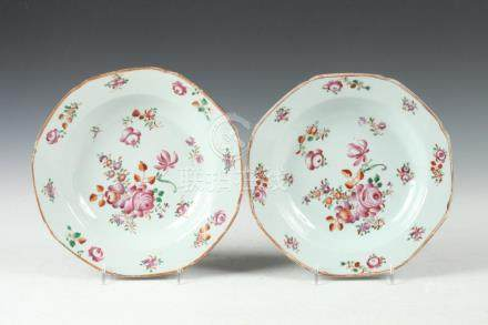 TWO CHINESE FAMILLE ROSE PORCELAIN SOUP PLATES, Qianlong Per