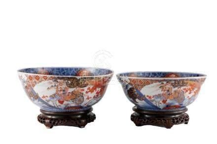 Two Japanese Imari bowls.
