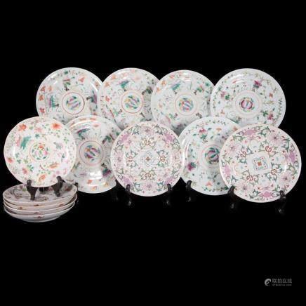 Lot of thirteen 19th century Chinese plates.