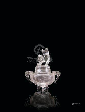 水晶香爐 A CRYSTAL INCENSE BURNER