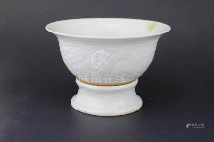A CHINESE WHITE PORCELAIN BOWL