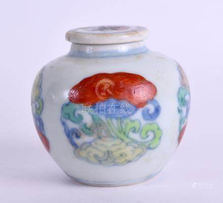 AN UNUSUAL CHINESE QING DYNASTY WUCAI JAR AND COVER bearing Chenghua marks to base, painted with