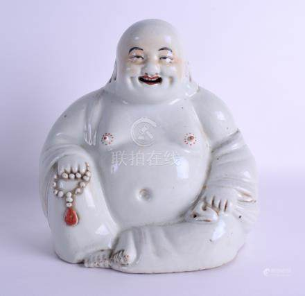A GOOD EARLY 20TH CENTURY CHINESE PORCELAIN FIGURE OF A BUDDHA bearing Tongzhi marks to base,
