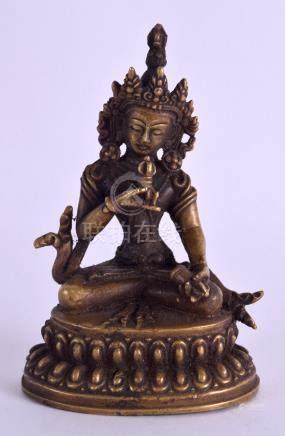 A SMALL CHINESE TIBETAN BRONZE FIGURE OF A BUDDHA. 9.5 cm high.